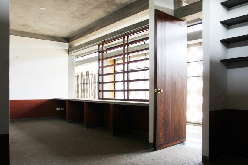 Interior D